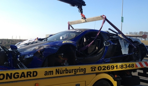 Video Wrecked McLaren MP4-12C GT3 Gemballa Racing
