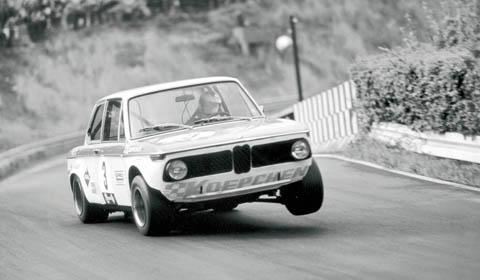 BMW 2002 Race