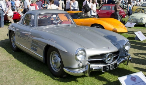 Goodwood Celebrates 60 Years of the Mercedes-Benz SL at Festival of Speed 2012