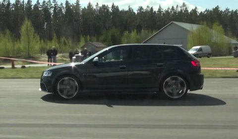 Video Audi RS3 vs Audi RS5 Drag Race