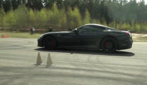 Video Ferrari 599 GTO vs Ferrari 458 Italia Drag Race