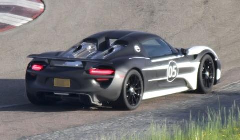 Spyshots Porsche Testing Its 918 Spyder 02