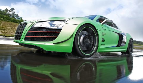 Green Audi R8 V10 Tuned by Racing One