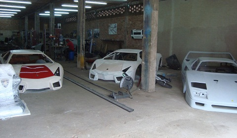 Mexican Lamborghini and Ferrari Replicas