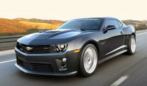 Official Chevrolet Camaro ZL1 HPE650 and HPE700 by Hennessey