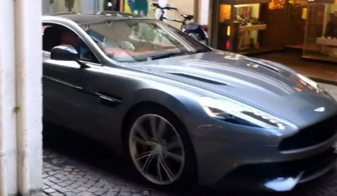 Spyvideo New 2013 Aston Martin Vanquish Completely Undisguised