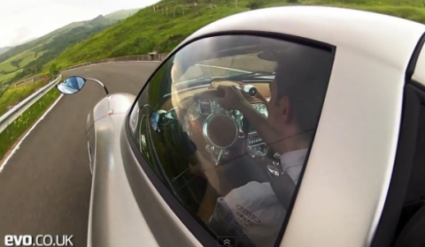 Video EVO Magazine Drives 2012 Pagani Huayra