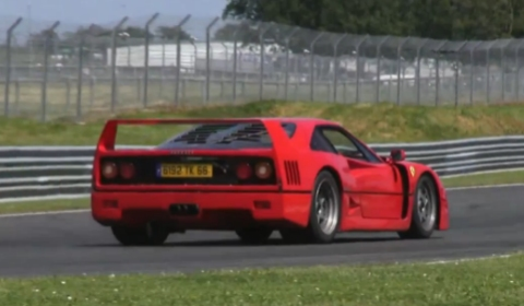 Video Ferrari F40 on the Val de Vienne Race Track