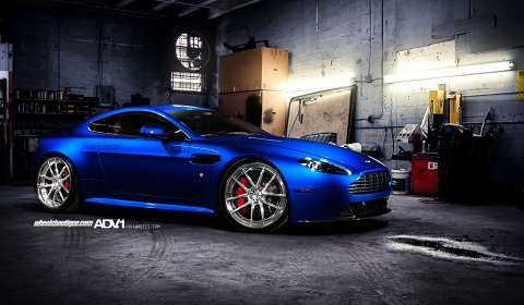 Aston Martin V8 Vantage on ADV.1 Wheels