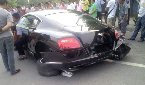 Bentley Continental GT Wrecked in China