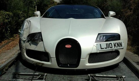 Bugatti Veyron Grand Sport 'Sang Blanc' With Front End Damage in France