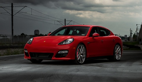 Porsche Panamera GTS on Modulare Wheels