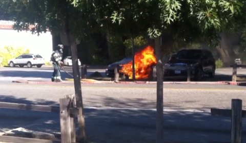 Second Fisker Karma Goes up in Flames