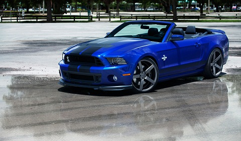 Shelby GT500 Convertible on Vossen Wheels