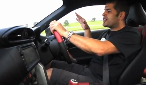 Video Chris Harris Compares Toyota GT86 with Nissan 370Z and Porsche Cayman S