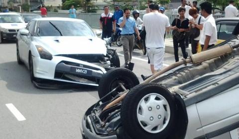 Car Crash Nissan GT-R Collides with Malaysian-build Perodua Kancil