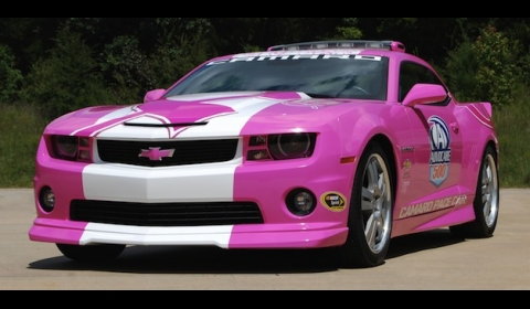 Camaro Pink on General Motors Has Revealed A Pink Chevrolet Camaro Pace Car At The