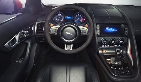 Jaguar F-Type V8 S 01