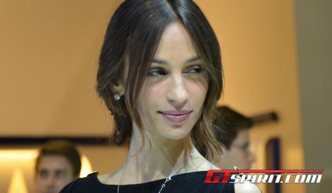 Paris Motor Show 2012 Girls Part 3