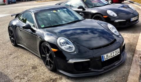 Spyshots 2013 Porsche 911 (991) GT3 Undisguised in Spain