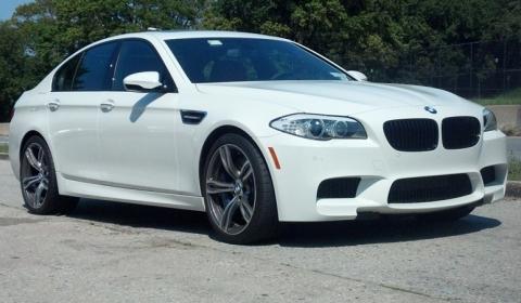 Stock BMW F10M M5 Runs Quarter Mile Drag in 11.78 Seconds
