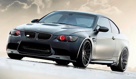 625hp Frozen Black BMW M3 on Strasse Forged Wheels