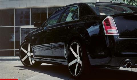 Chrysler 300C on 22 inch CV3 Vossen Wheels