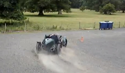 Drifting a Million Euro Alfa Romeo 8C 2300 Monza