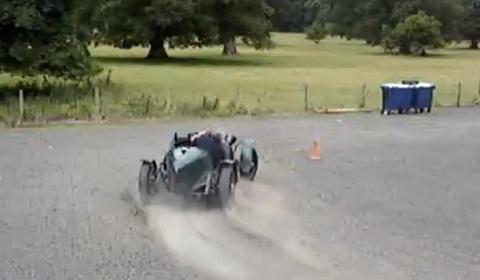 Drifting a Million Euro Alfa Romeo 8C 2300 Monza