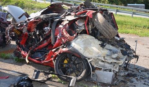Horrific 160mph Porsche GT2RS Wreck