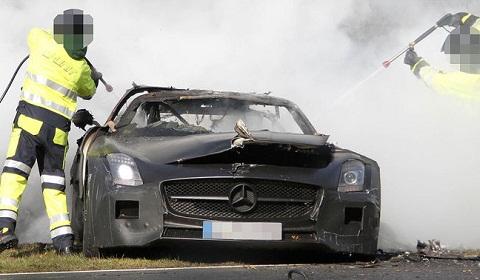 Mercedes-Benz SLS AMG Black Series Mule Crashes at the Nurburgring