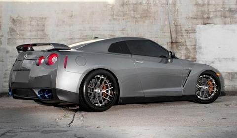 Nissan GTR on SM7 Strasse Forged Wheels