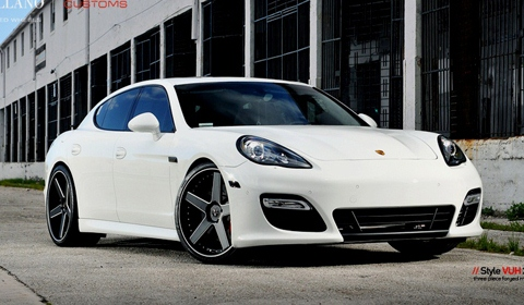 Porsche Panamera on 22 inch VUH Vellano Wheels