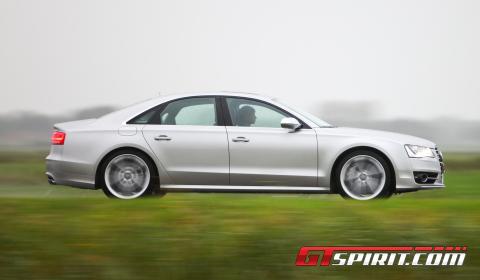 Road Test 2012 Audi S8 03