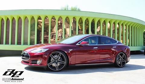 Tesla Model S by Al&Ed's