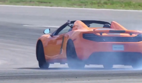 Video Chris Harris Drives McLaren 12C Spider at the Ascari Race Resort
