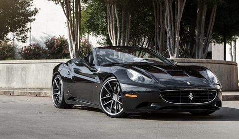 Ferrari California on C30-DC Modulare Wheels