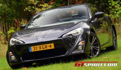 Road Test Toyota GT86 01