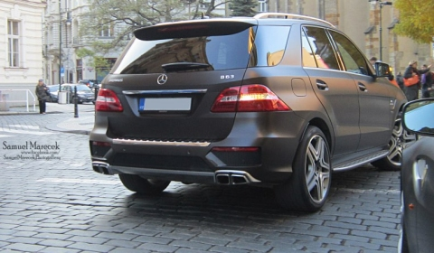 Spotted Mercedes-Benz ML 63 AMG by Brabus in Prague
