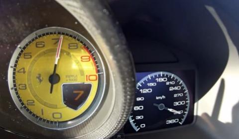 Video Ferrari F12 Berlinetta Novitec Rosso 340kmh on German Autobahn