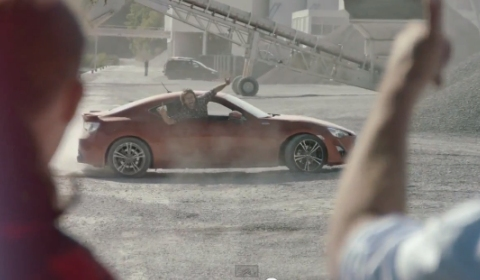 Video This Is How Your Wife Reacts When You Buy a Toyota GT86