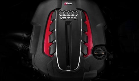 2013 Audi RS6 Avant 01