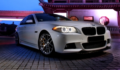 BMW F10 5 Series with 20 inch SM7 Strasse Forged Wheels