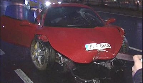 Car Crash Ferrari 458 Italia Wrecked in Istanbul