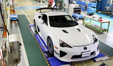The 500th and final Lexus LFA produced