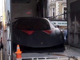 Lamborghini Sesto Elemento Arriving in London