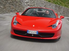 Ferrari 458 Italia in the Stelvio Pass