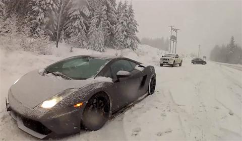 Video: Lamborghini Gallardo in the snow