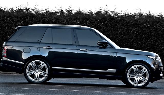 A Kahn Design 2013 Range Rover with RS600 Wheels