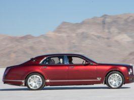 Andy Green Drives the Bentley Mulsanne on the Bonneville Salt Flats